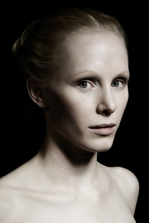 Susanne Wuest by Peter Hoennemann